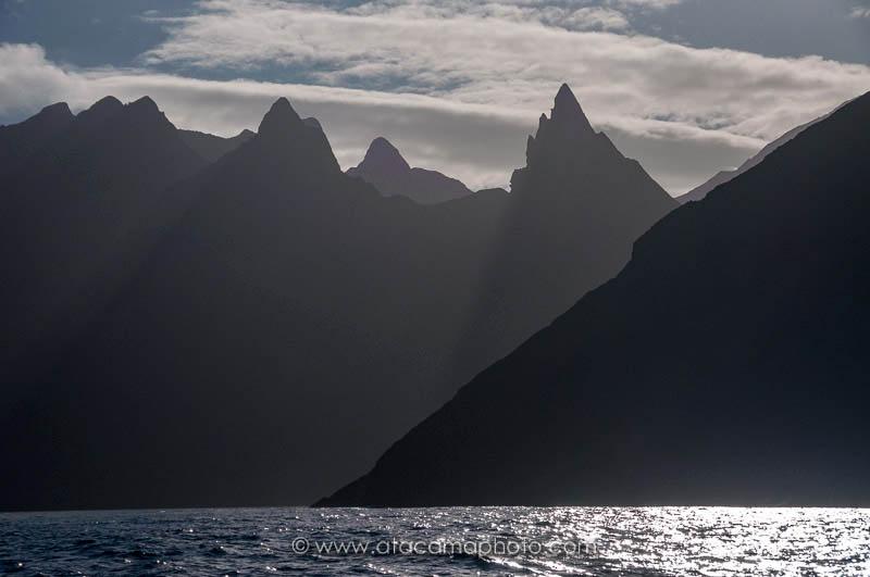 Cerro Tres Puntas, Robinson Crusoe Island