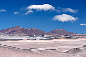 The subtle colors of the Altiplano in Chile, a paradise for the landscape photographer