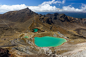 Tongariro Alpine Crossing, a volcanic trail with Emerald lakes and one of the most popular treks in New Zealand