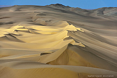 Beautiful sand dunes near Iquique, Atacama Desert